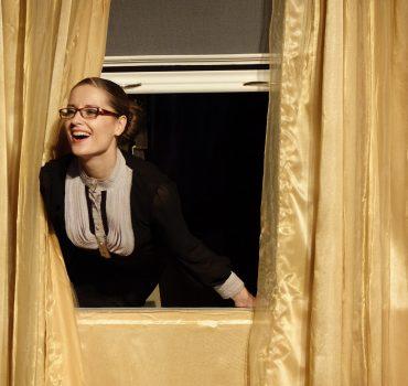 Спектакль Он. Она. Окно. Покойник.