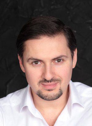 Дмитрий Таранов